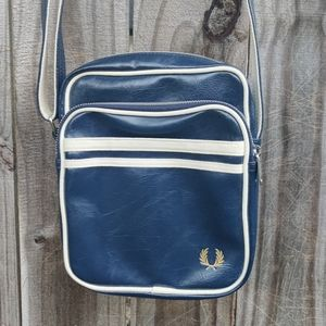 Fred Perry Cross-body Bag - NEW!!